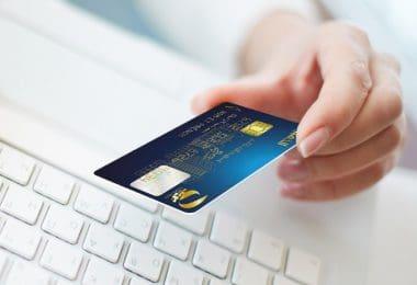 توصيل البطاقة الذهبية والرقم السري لبيت المستخدم في ظرف أسبوع ... عبر هذه الخدمة الجديدة